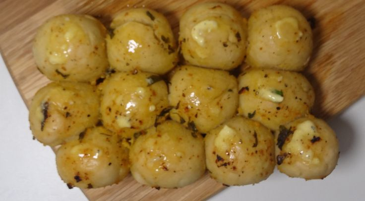 gluten free garlic bread from @glutenfreecuppatea looks amazing!
