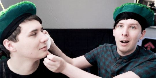 """Happy """"Terrifying""""  Golf Ball on BATTLE OF THE BALLS - Dan vs. Phil: Golf With Friends"""