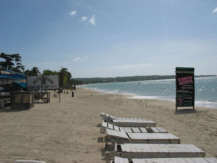 A beach in Negril with a hotel and restaurant ◆Jamaica - Wikipedia http://en.wikipedia.org/wiki/Jamaica #Jamaica