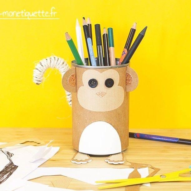 Transformer des conserves en pots à crayons rigolos