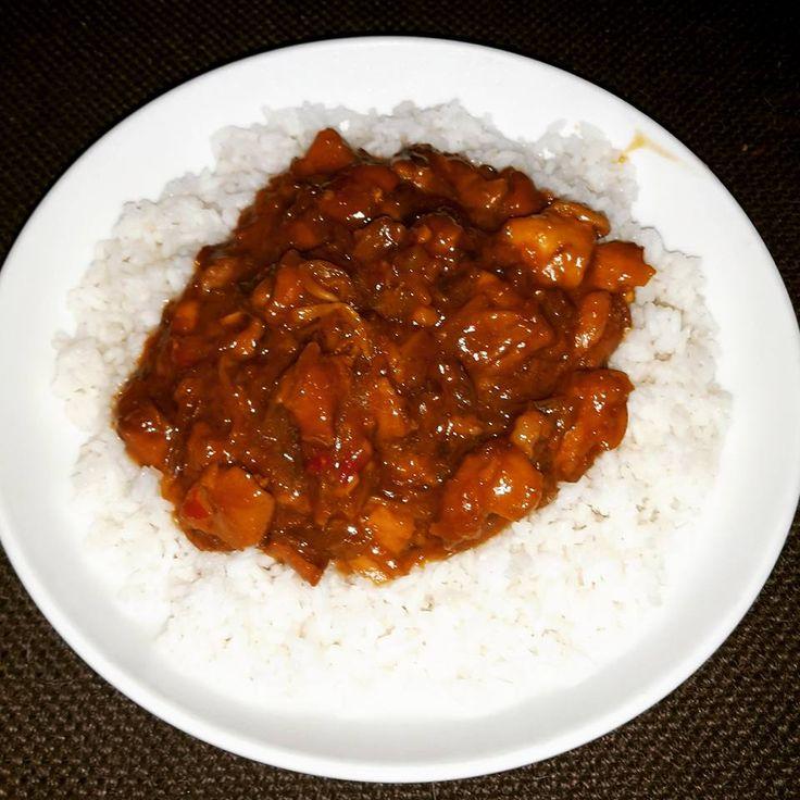Ingredienten: 1 kg kippendijen of kipfilet 230 ml honing 125 ml sojasaus minder zoute variant (groene dop kikkoman) 2 eetlepel...