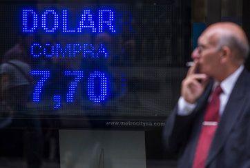 Erosion of Argentine Peso Sends a Shudder Through Latin America - NYTimes.com