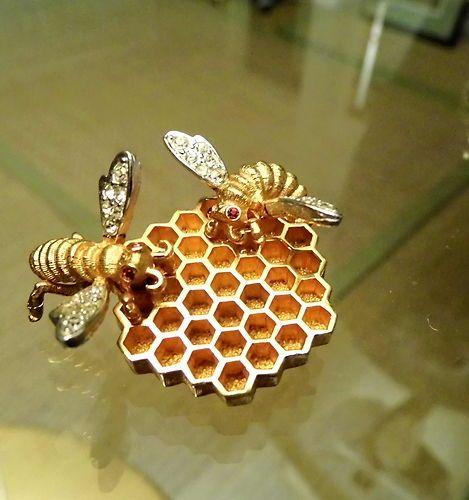 RARE Vintage Designer Signed Copyright Marcel Boucher Bees Honeycom Brooch Pin | eBay