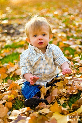 Three reasons to take family photos in fall. #fall #family #photography