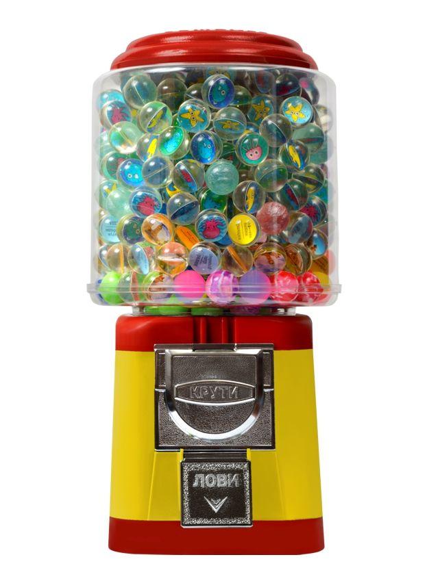 Торговый автомат Классик компании Global Gumball предназначен для продажи игрушек в капсулах, мячей прыгунов, марблс, порционных конфет или жевательной резинки.