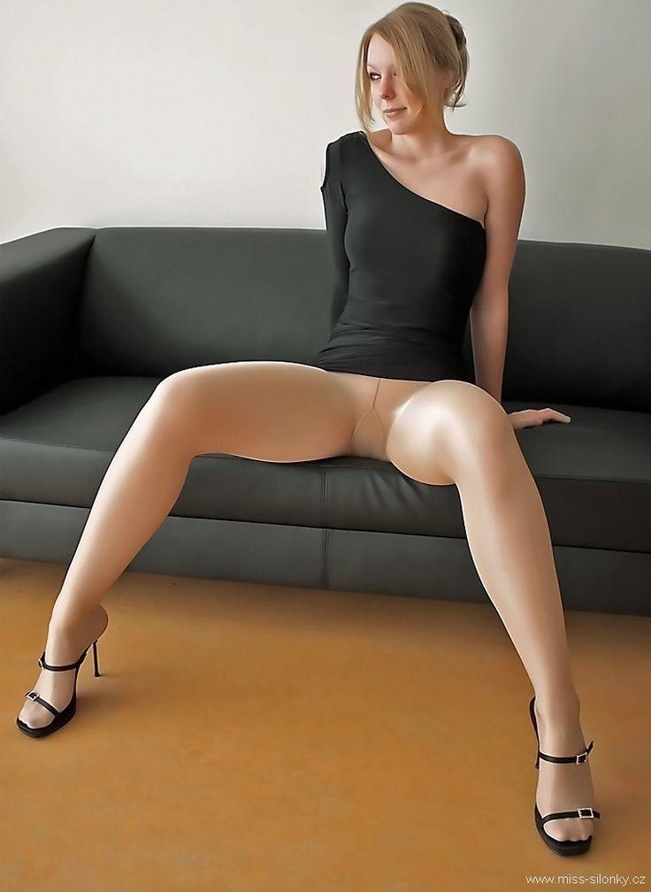 Wearing Seamless Pantyhose Dawn Loves 17