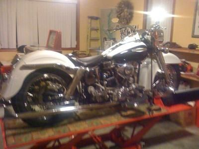 1957 Harley Davidson Panhead Show Bike: The old school 1957 Harley Panhead for Sale is a low mileage award winning show bike.  The 1957 Harley Davidson Panhead for sale has an electric and kick