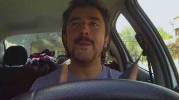 ¿Qué piensa un hombre cuando maneja su auto?