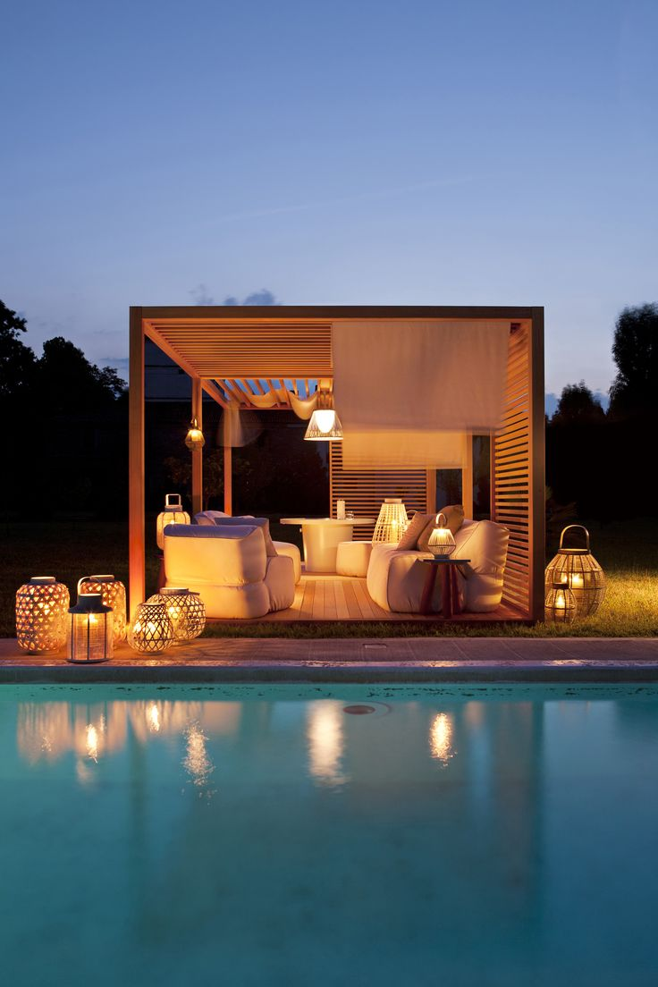Exteta zen light single design by ludovica roberto for Outdoor cabana designs