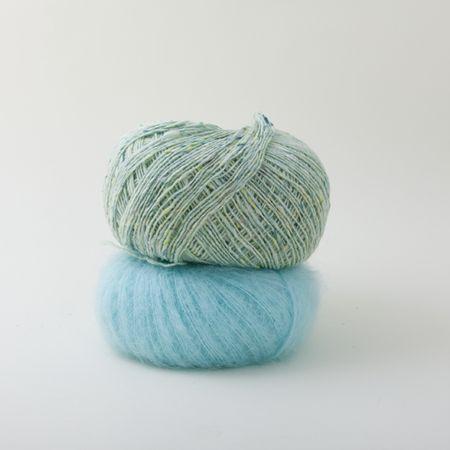 Garnpakke til Kimono-oh - Smashing fra Pickles. Trenger mønster også (str. M), siden de bare gir bort str. S gratis på nettsiden. (Mønster er inkl. i garnpakken)