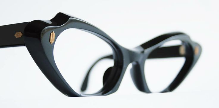 1950s frames in 8mm black acetate, made in France, from General Eyewear's 790-995 series