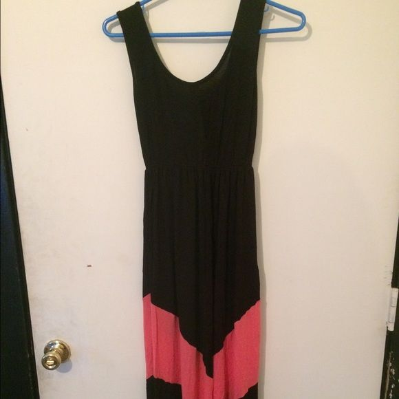 Sale💐 J Mode USA Maxi for Urban Outfitters Adorable black with tangerine chevron design maxi dress by J Mode USA company is from CA known for their quality designer fabrics, jersey, scoop neck, sleeveless, EUC Urban Outfitters Dresses Maxi