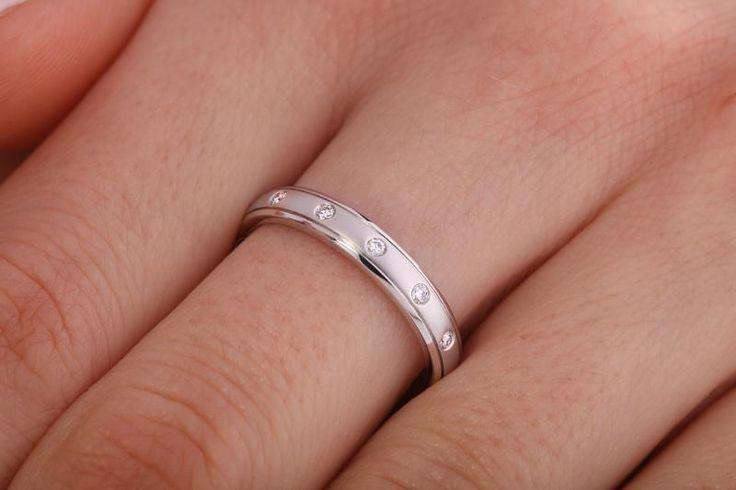 Verigheta cu diamante dama aur alb 18kt - RDW008W pe https://www.royaldiamante.ro