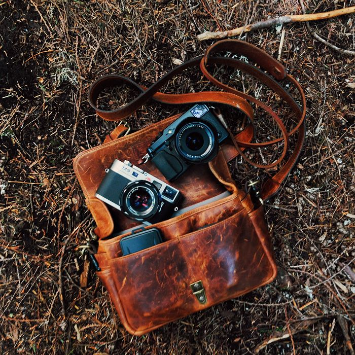 The Bowery bag in Antique Cognac shot by Benj Haisch. ONA | Premium camera bags…