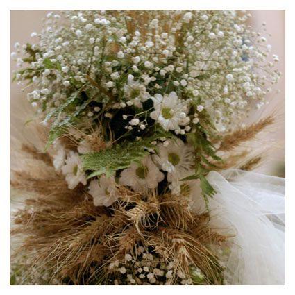 allestimento floreale per chiesa - fotografie di matrimonio www.maisonstudio.it ©