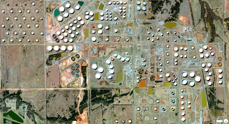 1/20/2014 Oil storage and refineries Cushing, Oklahoma, USA 35°58′57″N 96°45′51″W   Cushing, Oklahoma is the world's largest oil storage hub