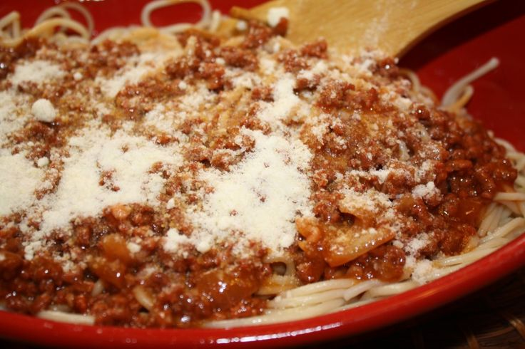 How to make  Sweet Filipino Spaghetti with Meat Sauce on http://asianinamericamag.com