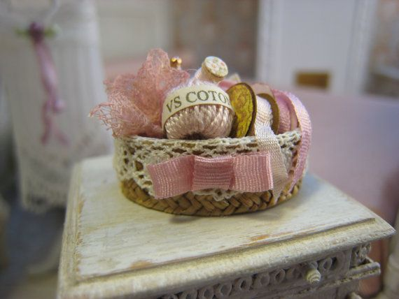 Dollhouse Miniature Sewing Basket, 1 Inch Scale Miniature