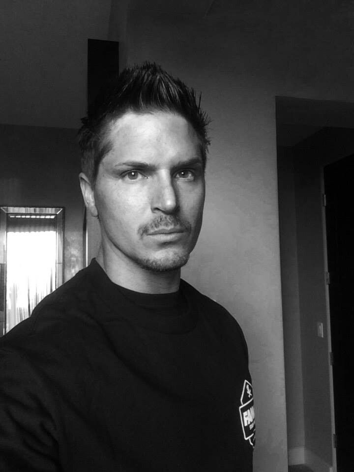 Zak Bagans of Ghost Adventures. Good lord. In honor of the season 10 premier tonight, which was AMAZING