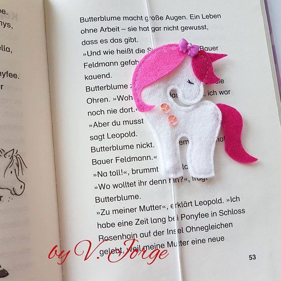 Led Le Brummt 544 best unicorn pillow images on rainbow unicorn