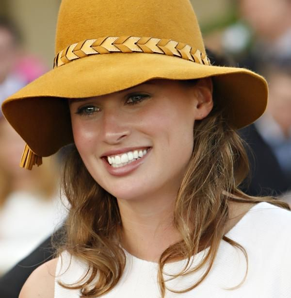 Re Melb Cup Festival: Channel 7 again coups with the irreplaceable and most exquisite commentator, Francesca Cumani