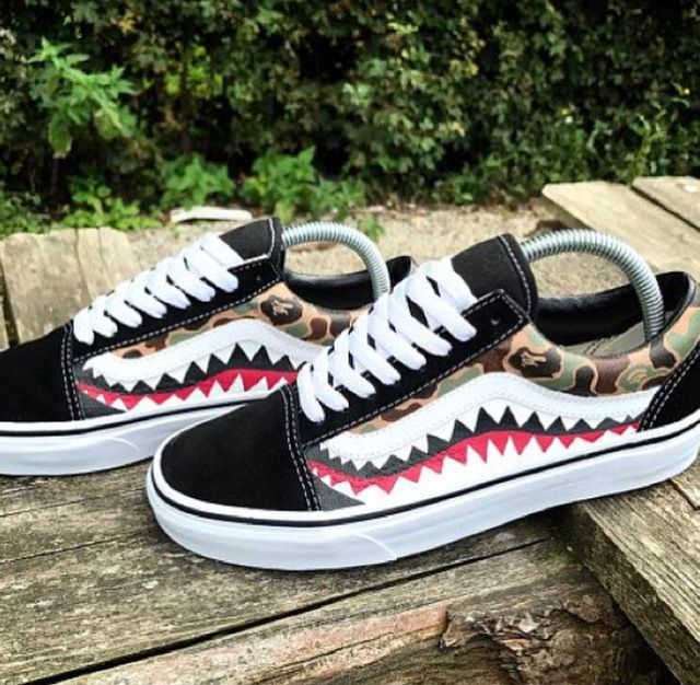 Pin By Joshua Tiwow On S H O E S Bape Vans Custom Shoes Diy Custom Nike Shoes