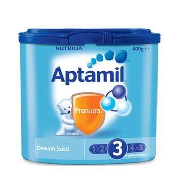 Aptamil 3 Devam Sütü Akıllı Kutu 400 gr 9. aydan itibaren kullanılan devam sütüdür. Anne sütüne takviye olarak veya ek besinler ile karma beslenmede kullanılır. Aptamil 3, Aptamil Prebiyotik Lif Karışımı ve nükleotid ilaveli devam sütüdür. Aptamil Prebiyotik Lif Karışımı: Preaptamil, Aptamil Prebiyotik Lif Karışımı içeriği ile bebeğinizin bağışıklık sistemini doğal olarak desteklemeye yardımcı olur. Sadece Aptamil'de bulunan Aptamil Prebiyotik Lif Karışımı, bilimsel olarak klinik araştırmala