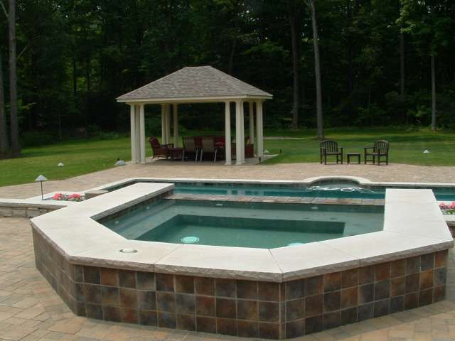 11 best interconnection images on pinterest landscaping for Outdoor jacuzzi designs and layouts