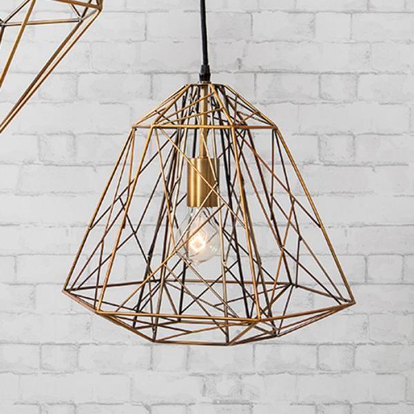 https://www.trendy-products.co.uk/blog/how-to-style-a-small-hallway-with-stuart-wilson-senior-interior-designer-goddard-littlefair/