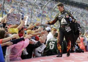 Fans shower Gordon with praise before final Daytona race