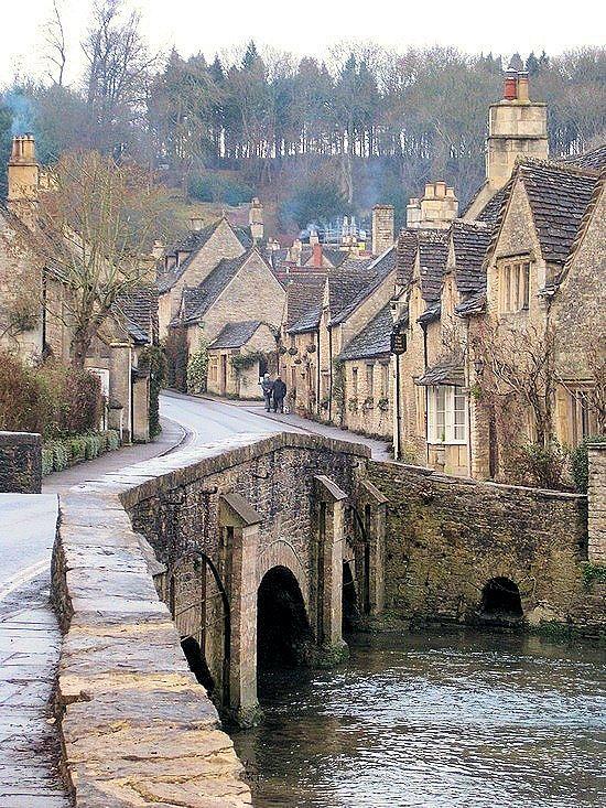 Castle Combe, Bath, England