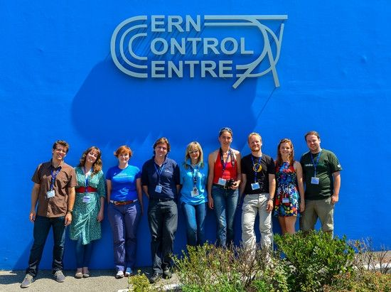 Over one million followers reached in #CERNTweetUp - Loic Bommersbach, Lucy McKenna, Astrid Chantelauze (HAP), Nick Howes, Angeliki Kanellopoulou, Maud Ali-Cherif (ESA), Julien Harrod (ESA), Katherine Chapman (CERN), and Simon Bierwald outside the CERN Control Centre   (credit: Simon Bierwald)
