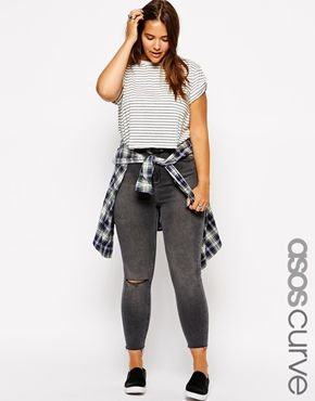ASOS CURVE Ridley Ankle Grazer Jean In Coal Wash With Raw Hem And Rip Knee