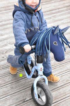 Das Glück dieser Erde liegt auf dem Rücken der Pferde.   Hüaa das Radpony ist…