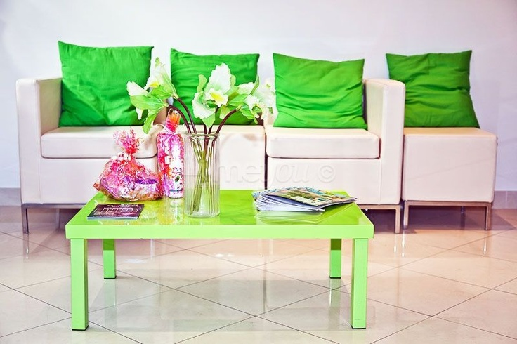 Bienvenue au Salon de beauté Relax ! Un lieu paisible de remise en forme, de bien-être et d'esthétique.  Au Salon de beauté Relax la qualité du service prime par dessus tout et ce qui fait la réputation de l'enseigne sur Nice.
