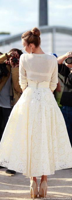 Street style fashion / karen cox. #Ulyana #Sergeenko sexy winter white street style - lace full skirt and cream sweater