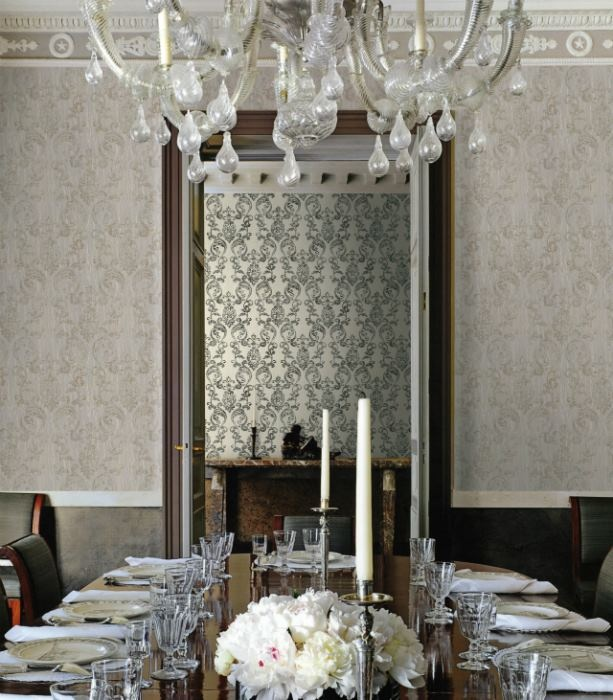 http://luxurylifedesign.blogspot.com/2012/10/roberto-cavalli-home-collection.html