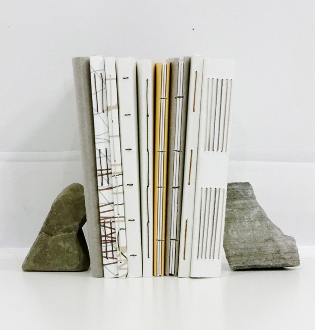 Prototypes de reliure pour livres d'artistes par Andrée-Anne Dupuis-Bourret.