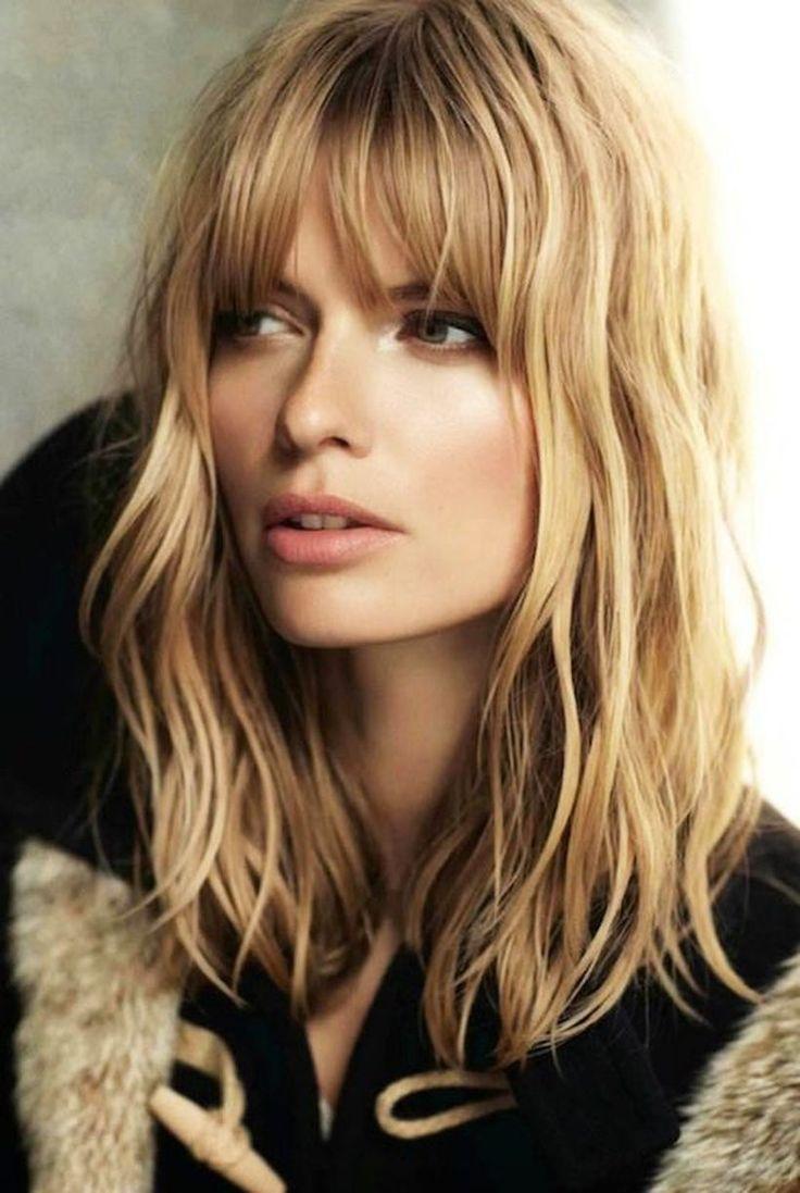 Awesome full fringe hairstyle ideas for medium hair 39