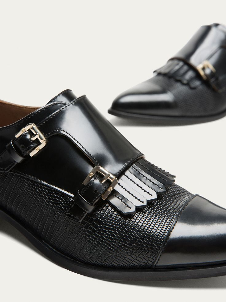 MASSIMO DUTTI - Fall Winter 2017 women´s black leather double buckle shoesi for 175$