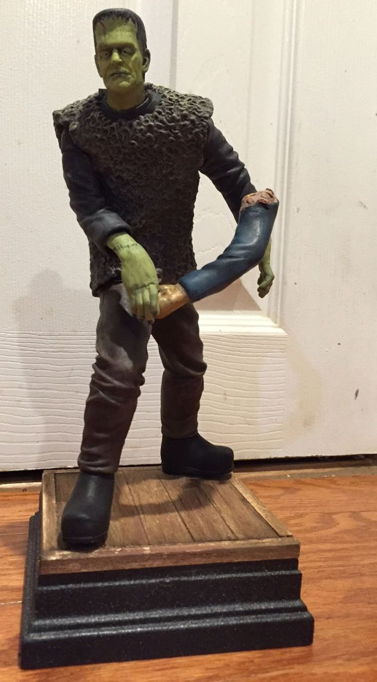 Boris Karloff Son Of Frankenstein 1 8 Scale Vinyl Model