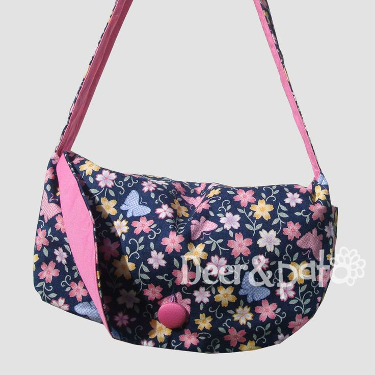 Double sided women's bag.