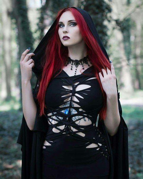 Teen goth model