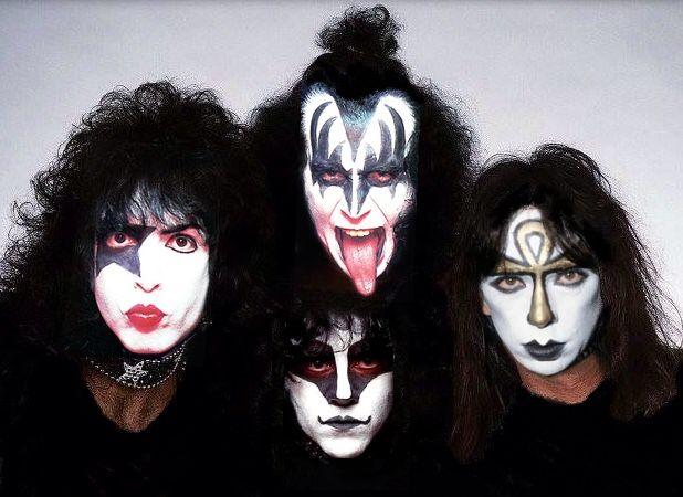 Kiss........