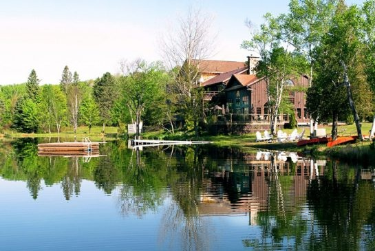 Travel Deals: A wellness retreat in Bancroft, Ontario, plus hotel deals in Arizona and New York City