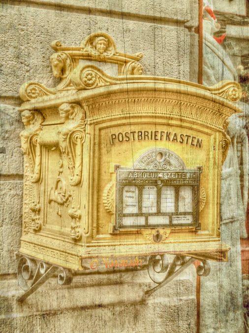 Старинный почтовый ящик.Германия