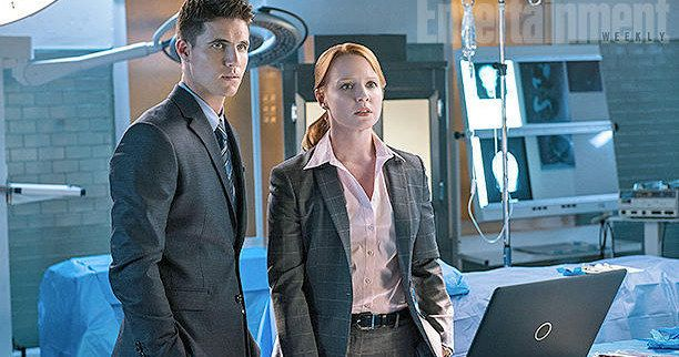 'X-Files': First Look at Robbie Amell and Lauren Ambrose -- Get your first look at Robbie Amell's Agent Miller and Lauren Ambrose's Agent Einstein in a new photo from Fox's 'The X-Files' revival. -- http://movieweb.com/x-files-robbie-amell-lauren-ambrose-photo/