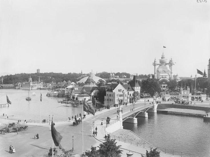 Blir nästan fundersam. Stockholmsutställningen 1897 från Strandvägen mot Djurgården