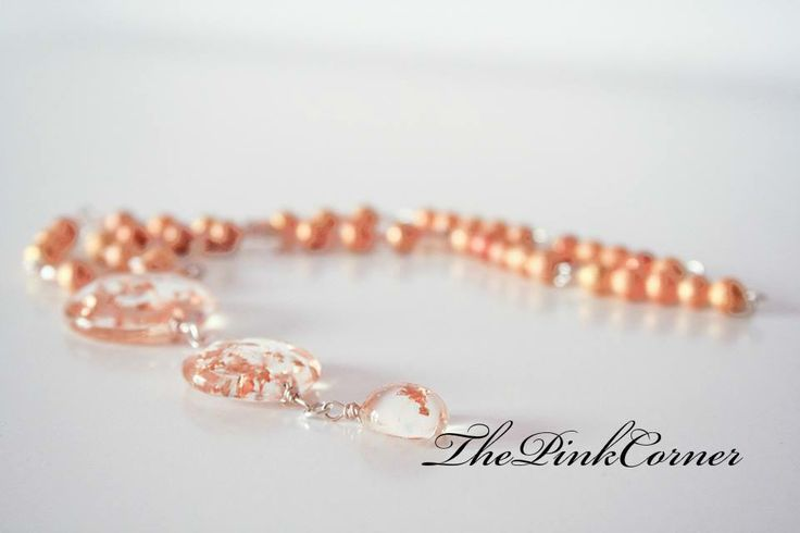 Gold shimmer resin necklace