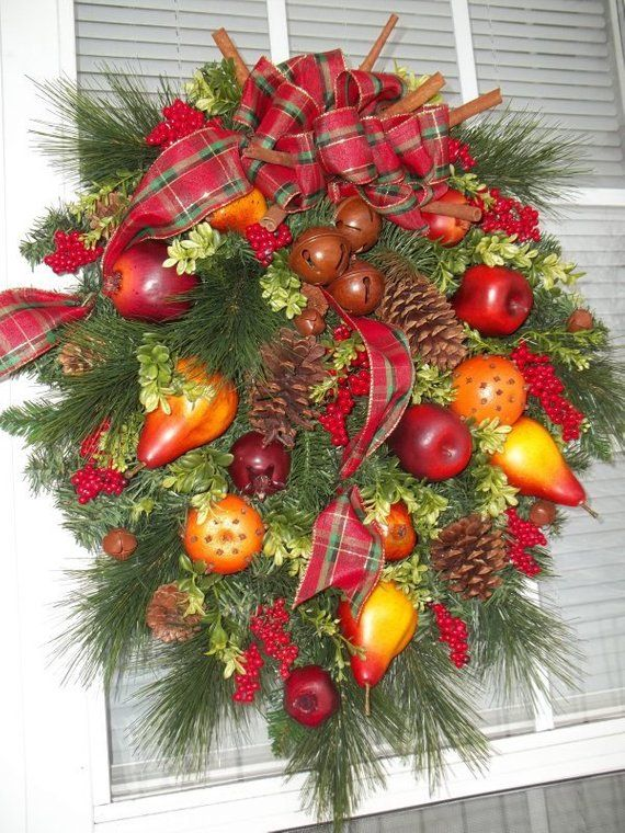 Christmas In Williamsburg Old World Holiday Wreath By Decorclassicflorals Christmas Wreaths Colonial Williamsburg Christmas Outdoor Christmas Decorations